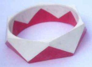Candy Stripe Hard Plastic Bangle Lrg- 22mm