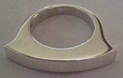 Silver Round Top Curve Ring