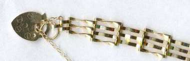 9ct Gold Gate Bracelet with Padlock Clasp