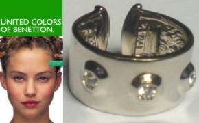 Clear stone set Silver torque United Colors of Benetton Ring