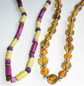 Wood Beads & Pendants Fashion Necklaces various (Pack of 12)