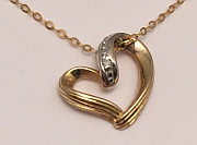 9ct Gold Open Heart Diamond Pendant