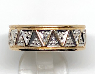 9ct Gold Wide Diamonds set Triangles Band Ring