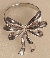 Silver Bow design Ring