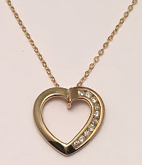 9ct Gold 0.10Ct Diamonds Heart Pendant with Chain