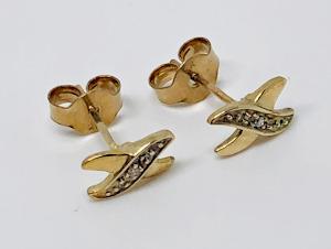 9 carat Gold Diamond set Kiss Ear Studs