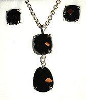 Dark Cut Stone Double Silver Pendant & Ear Studs Set