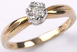 9 carat Gold Diamond Solitaire Ring