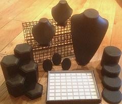 Large Jewellers Shop Window Display Pack - Black (30 items)